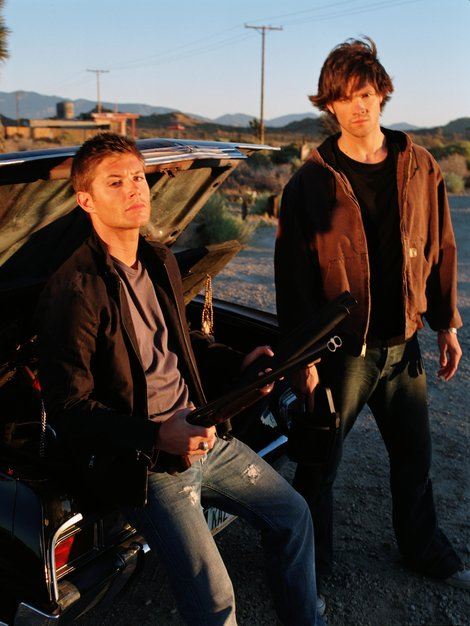 sam-winchester-and-converse-chuck-taylor-all-star-lo-top-sneakers-gallery